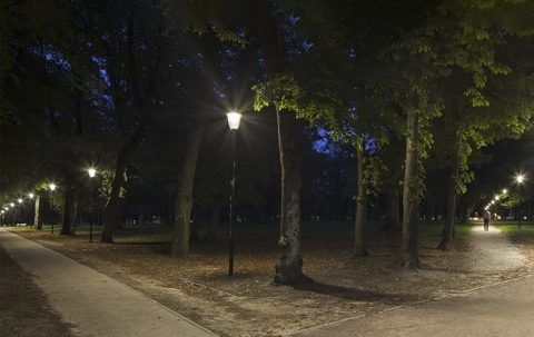 Iluminación de parques, plazas y jardines
