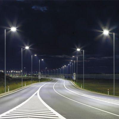 Luminarias para alumbrado de autovías y autopistas disponibles con gran variedad de distribuciones fotométricas
